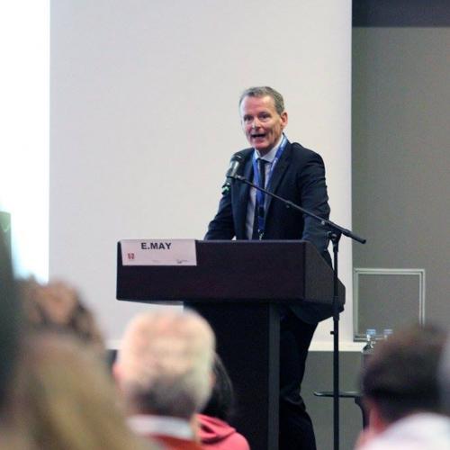 Gefäßmediziner Dr. Erik May bei May & May 2016 im Kölner Hyatt Hotel
