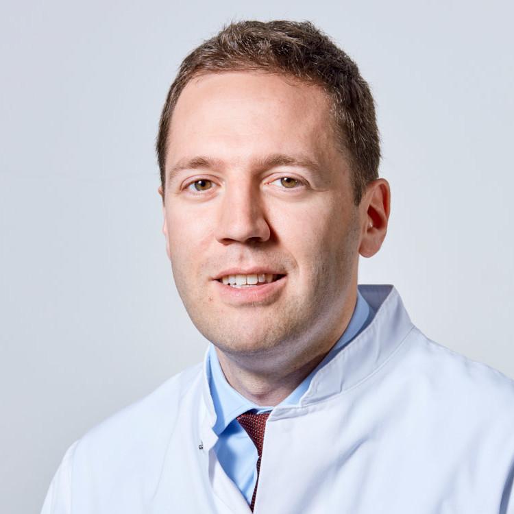 Dr. med. Dennis Scheicht