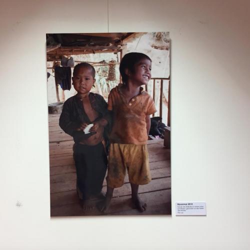 Ausstellung Frauenklinik, Kinder aus aller Welt
