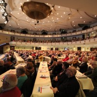 Blick in den Saal mit 850 Zuschauern