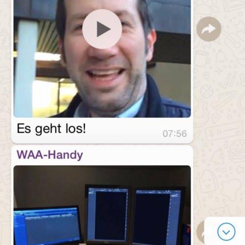 Screenshot aus der WhatsApp-Gruppe, die vom 27. bis 31.3. Einblicke durch Texte, Videos und Fotos von Mitarbeitern des Krankenhauses Porz am Rhein in Köln bekommen haben, hier ist es Startvideo mit Marc Raschke und Dr. Fabian Foltz